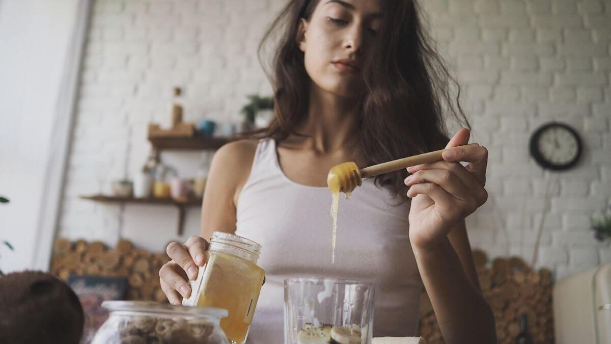 Can Pregnant Women Eat Honey?