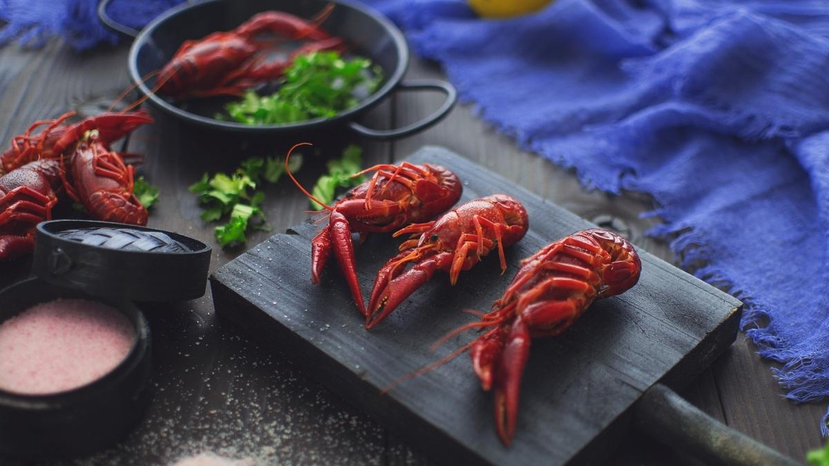 can you eat crawfish while pregnant