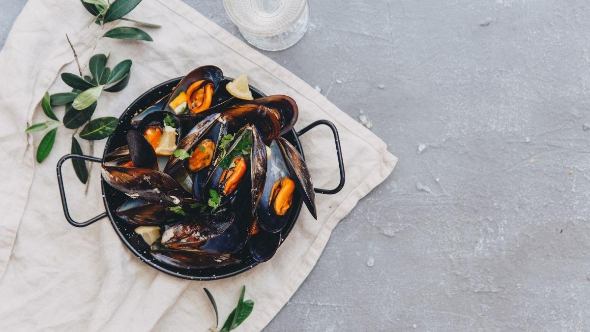 Can Pregnant Women Eat Mussels?