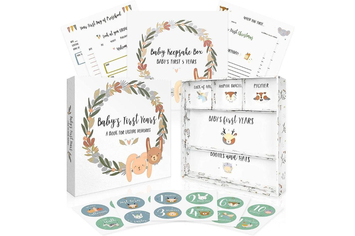 Baby's First Years: A Book for Lasting Memories