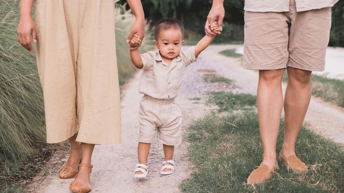 Baby walking at 14 months